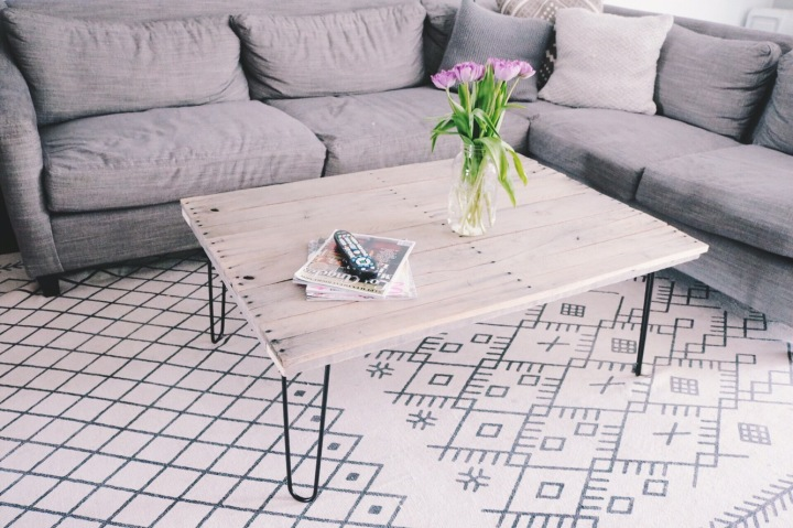 House & Home | DIY Coffee Table